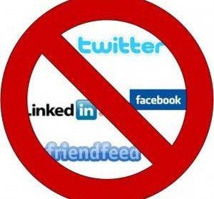 Social media si dezastrul din invatamant